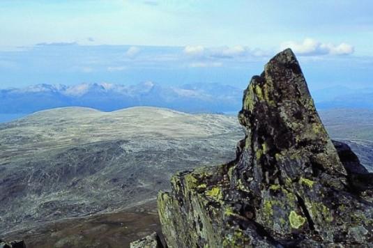 b9ca6-07-12-06_mountain-top-4