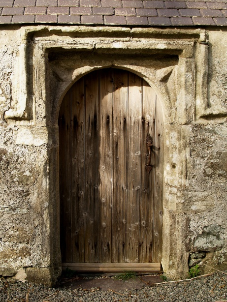 anglesey-llantrisant-old-church-door-and-doorway